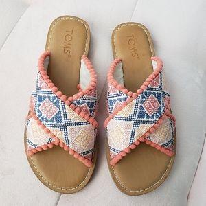 NWOT TOMS Sandals